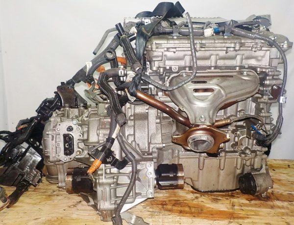 Двигатель Toyota 2ZR-FXE - 5558680 CVT P410-01A FF ZVW30 112 000 km коса+комп 4