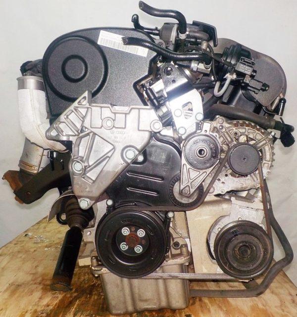 Двигатель Volkswagen AXW - 019737 AT FF коса+комп 4