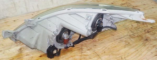 Ноускат Toyota Isis (041812) 12