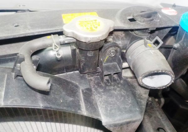 Ноускат Nissan Skyline 35, xenon (W121829) 9