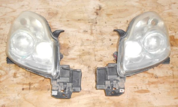 Ноускат Mazda Verisa (E031923) 8