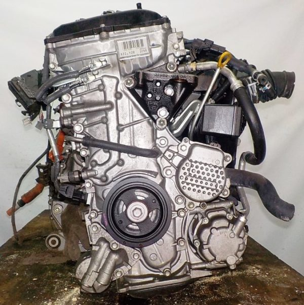 Двигатель Toyota 2ZR-FXE - 6637141 CVT P610-01A FF ZVW50 15′ коса+комп 5