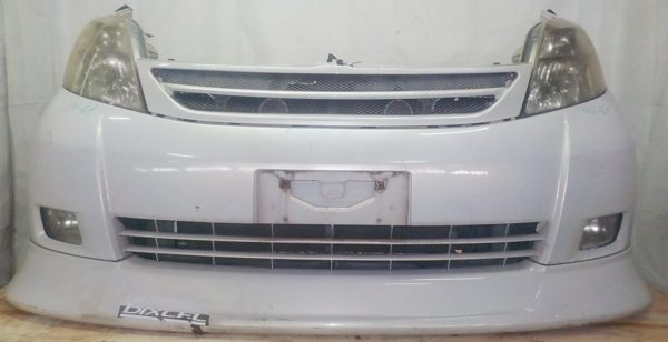 Ноускат Toyota Isis xenon (E021825) 1