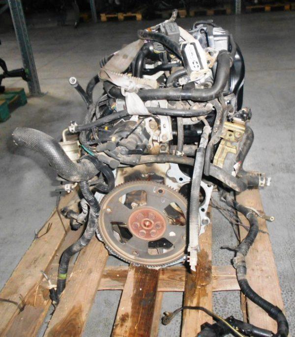 Двигатель Mazda B3 - 813719 AT FF DW3W Black без датчика скорости, без КПП 5