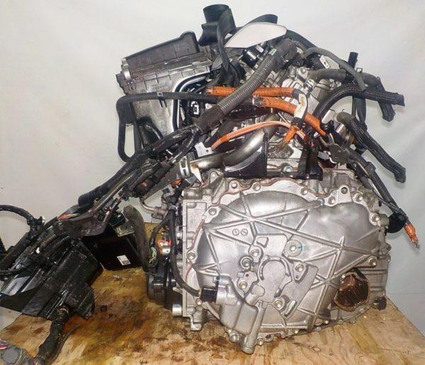 Двигатель Toyota 2ZR-FXE - 5558680 CVT P410-01A FF ZVW30 112 000 km коса+комп 5