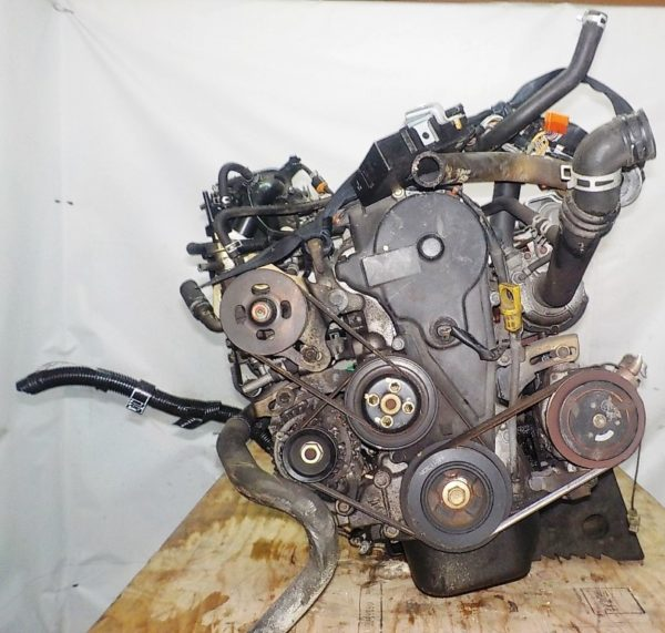 Двигатель Daihatsu EF-DEM - 7245029 MT FR 4WD J111G 124 000 km + передний редуктор коса+комп 4