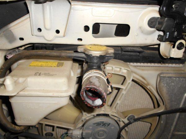 Ноускат Toyota Vitz 90, (1 model) (M1812058) 7
