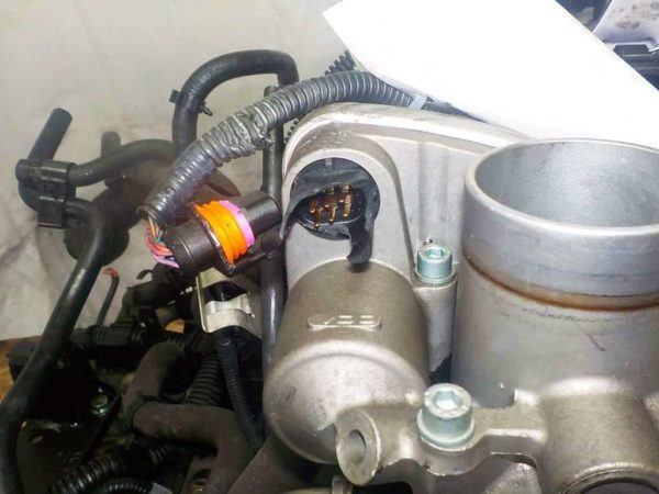 Двигатель Volkswagen BBY - 047597 AT FF 7