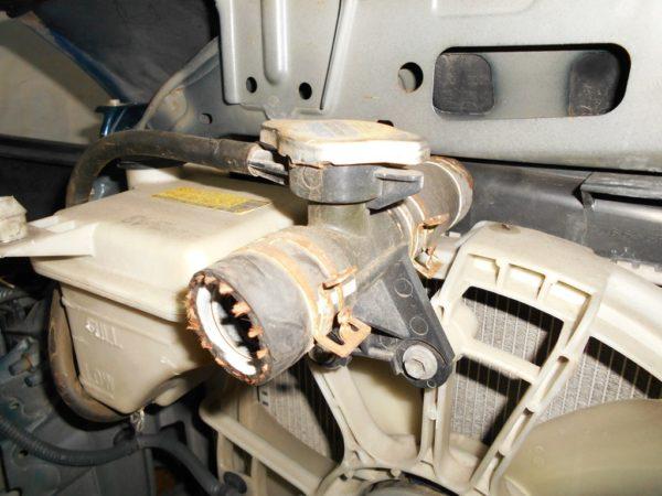 Ноускат Toyota Vitz 90, (1 model) (M1811018) 7