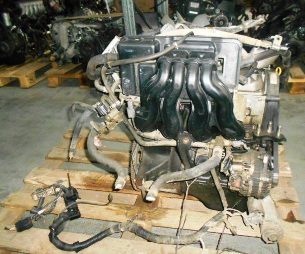 Двигатель Mazda B3 - 813719 AT FF DW3W Black без датчика скорости, без КПП 4