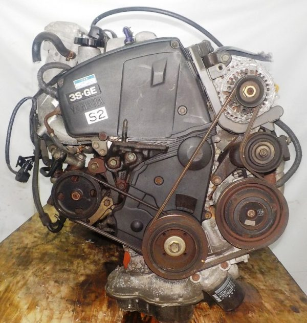 Двигатель Toyota 3S-GE - 9294388 AT FF ST202 трамблер коса+комп 4