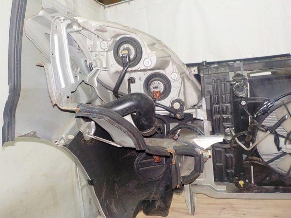 Ноускат Toyota Isis (E071722) 6
