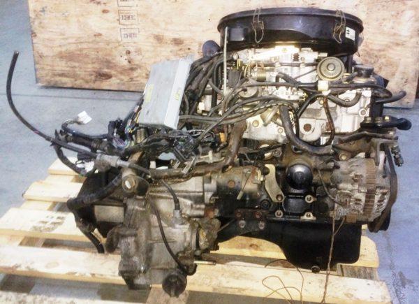 Двигатель Mazda B6 - 427806 MT FF GV6V 73 000 km 5