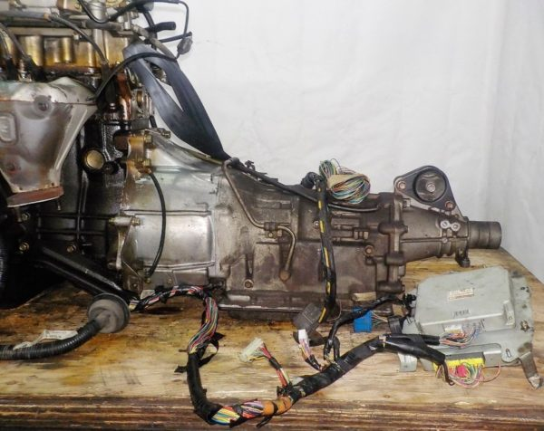 Двигатель Mazda FE - 989417 AT FR SGEW 159 000 km коса+комп 3