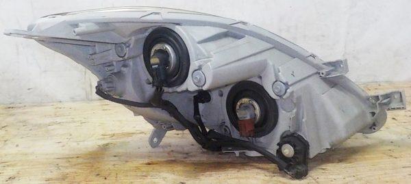 Ноускат Toyota Isis (041812) 9