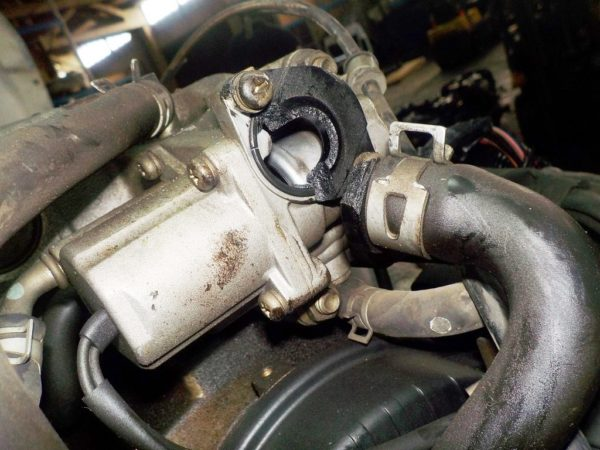 Двигатель Mazda FE - 989417 AT FR SGEW 159 000 km коса+комп 10