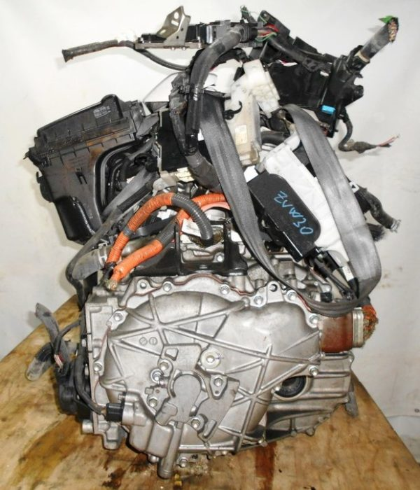 Двигатель Toyota 2ZR-FXE - R133244 AT FF ZVW30 54 000 km коса+комп 5