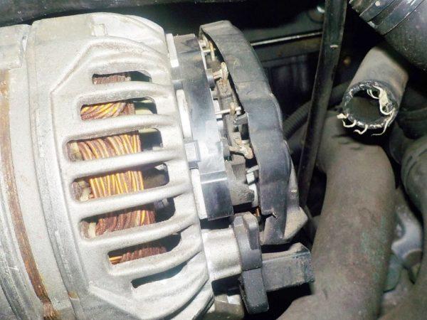 Двигатель Volkswagen AZX - 016738 AT FF 4