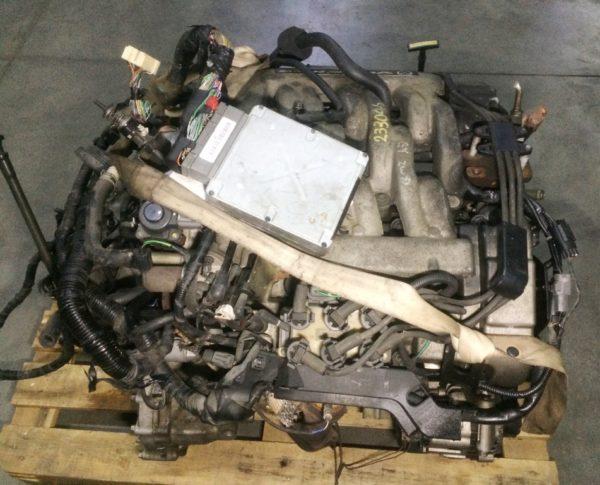 Двигатель Mazda GY - 233046 AT FF LW5W коса+комп 3
