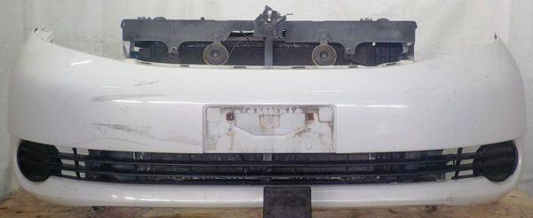 Ноускат Toyota Isis (041812) 1