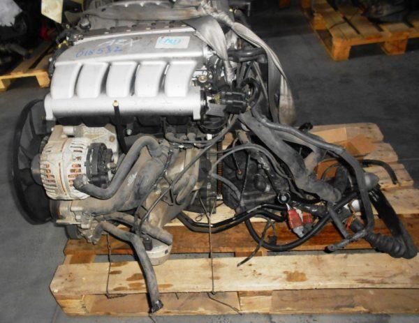 Двигатель Volkswagen AZX - 018532 AT FF коса+комп, без КПП 5
