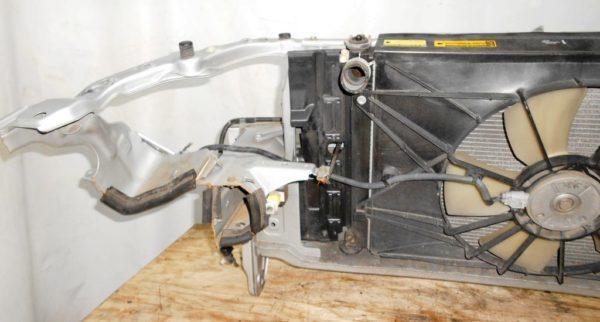 Ноускат Toyota Wish (1 model) (Е061930) без бампера и R фары 5