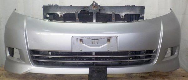 Ноускат Toyota Isis xenon (041811) 1