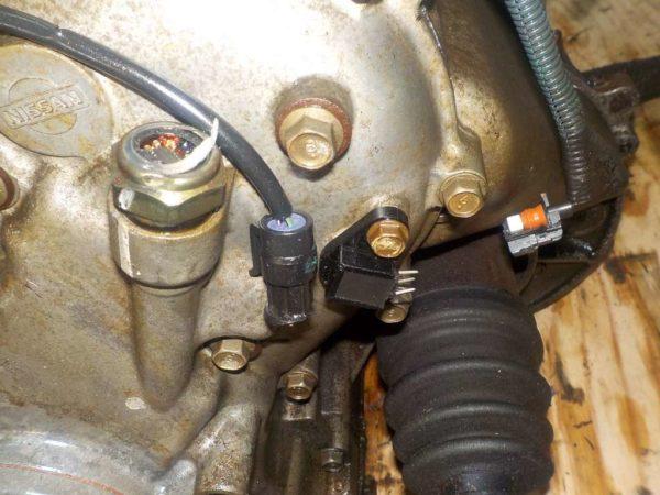 Двигатель Nissan CGA3 - 101339 CVT RE0F21A FF без датчика скорости 7