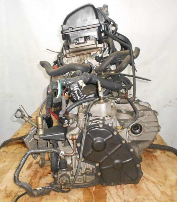 Двигатель Nissan CR14-DE - 035884A AT RE4F03B FQ40 FF BZ11 96 000 km коса+комп 5