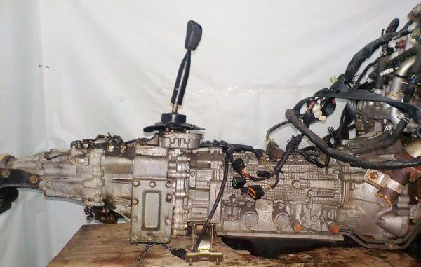 Двигатель Mitsubishi 6G72 - QT0861 AT FR 4WD Delica катушка коса+комп 7