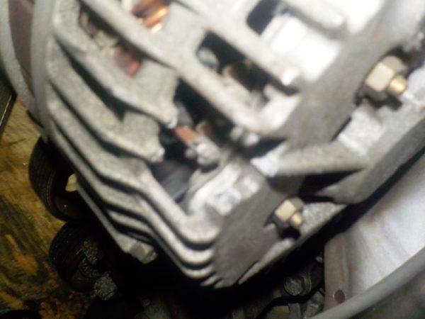 Двигатель Nissan QR20-DE - 173620A CVT FF TC24 брак корпуса генератора без КПП 7