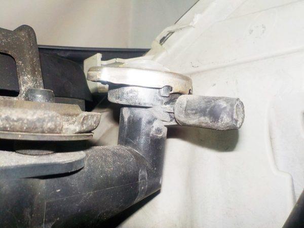Ноускат Toyota Isis (E101814) 9