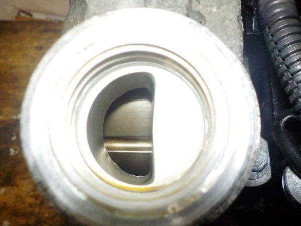 Двигатель Nissan MR18-DE - 081803A AT RE4F03B FQ40 FF VJY12 100 615 km коса+комп 6